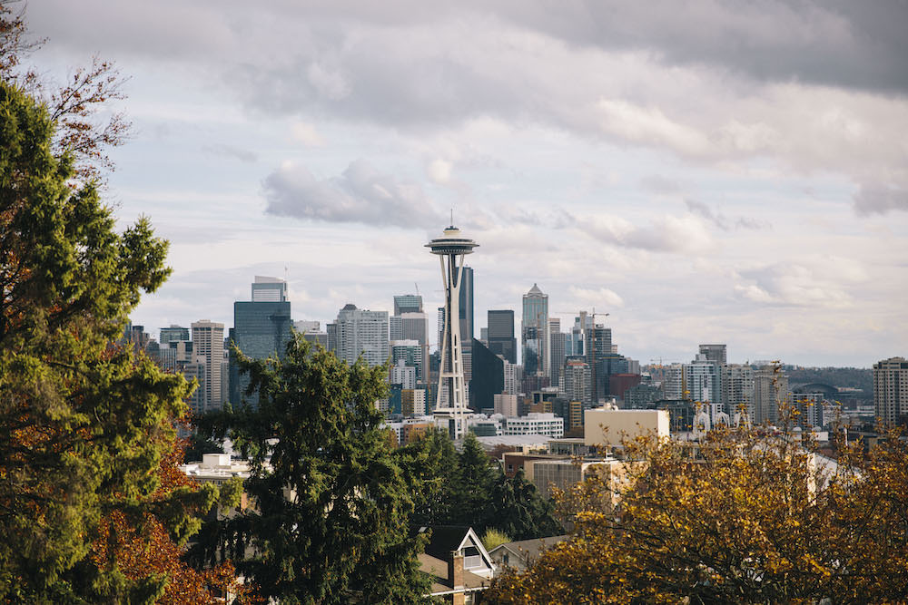 Caitlin Lindquist of the travel blog Dash of Darling visits Seattle Washington and shares what she did as a city guide.