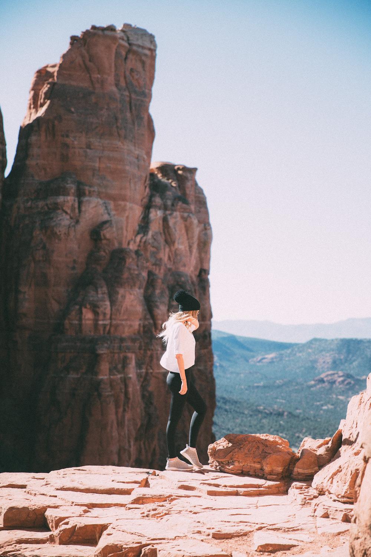Wear to what hiking in sedona az foto
