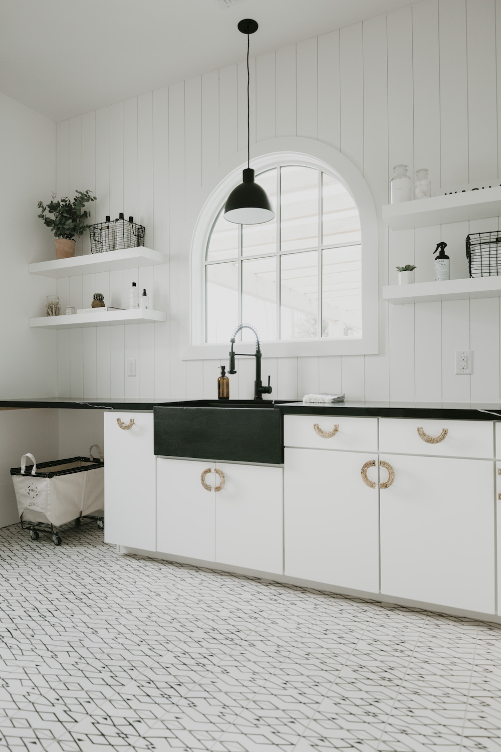 Dash of Darling | Laundry Room Home Reveal