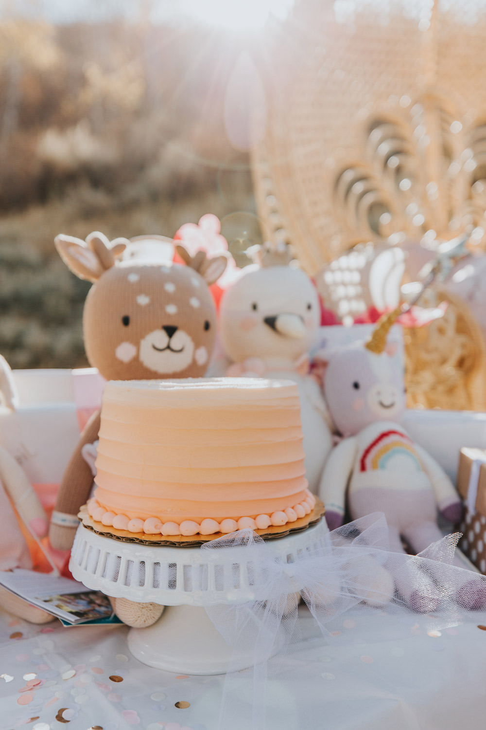 Dash of Darling | Balloon Arch First Birthday Party